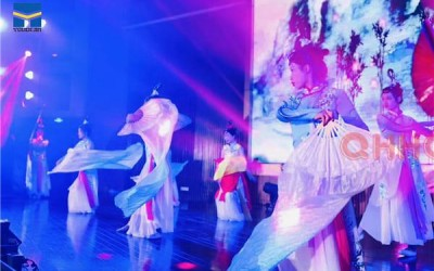 成都美女不倒翁-舞蹈模特-科学实验室
